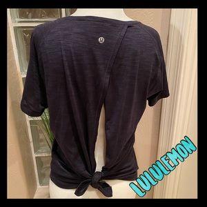 💙NWOT💙Lululemon open back black T-shirt